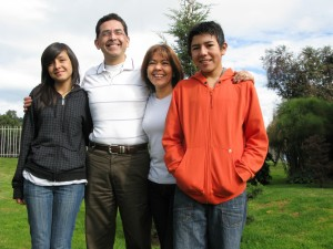 Family, hispanic mom dad and 2 children